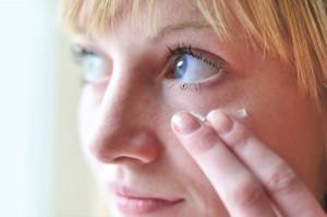 Anwendungen gegen Augenringe